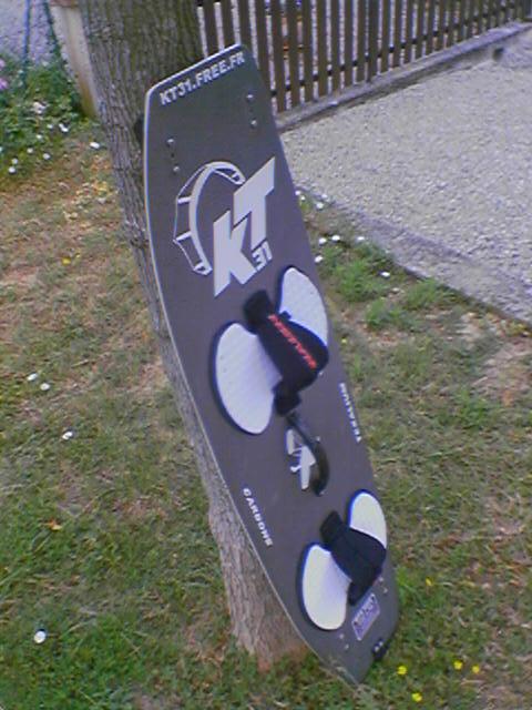 http://julien.caulier.free.fr/images/board/b5o/050625_112905.jpg